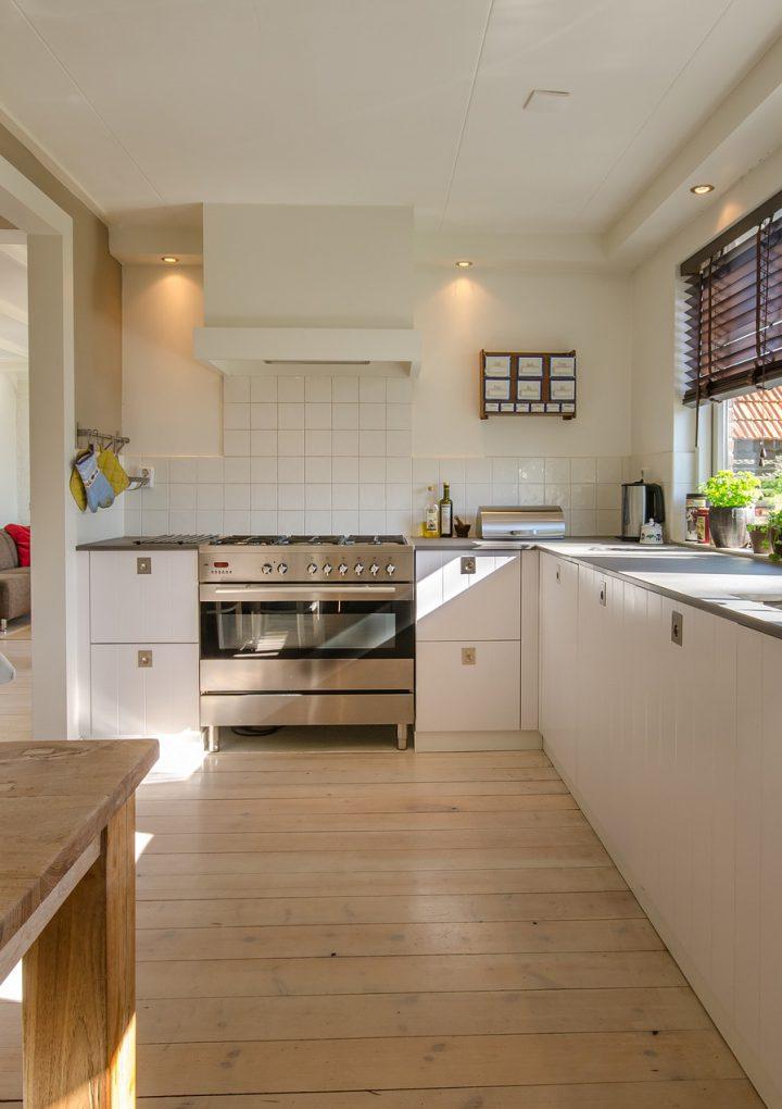 Szafki czy szuflady, czyli jak wyposażyć kuchnię?