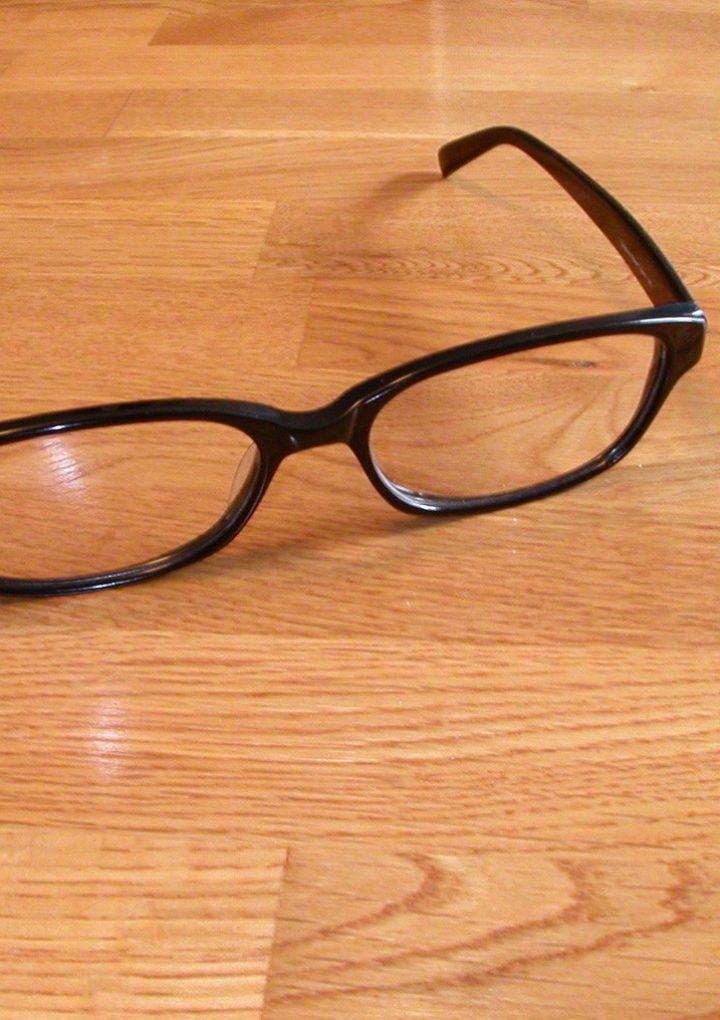 Okulary czy soczewki kontaktowe? Co lepsze?
